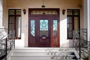 Как выбрать дверь в частный дом?