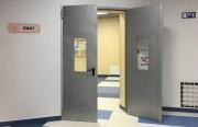 Противопожарные двери для лифтовых холлов на лестничную площадку