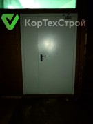 Монтаж противопожарных дверей в школе