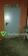 Установлены лестничные двери, двери на чердак