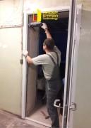 Установка противопожарной двупольной двери